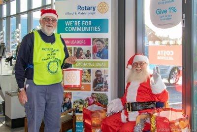 Santa with Rotarian Chris Lilley