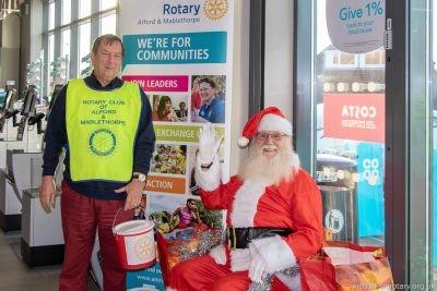 Santa with Rotarian Roger Banfield